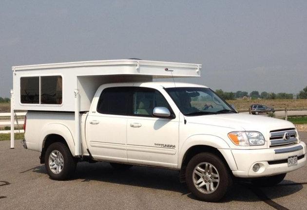 Caribou Lite truck camper
