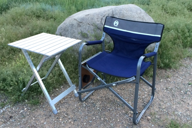 Chair  and table for truck camping