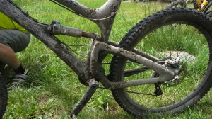 messy gears on the hut to hut bikers